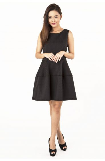 Diamond embossed prints textured dress (Black)