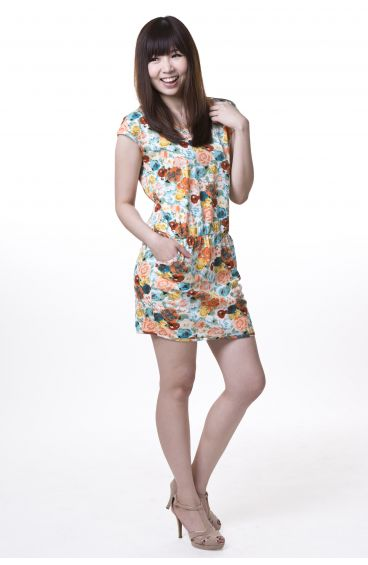 Floral print cotton dress with side pockets (Red flowers with blue base)